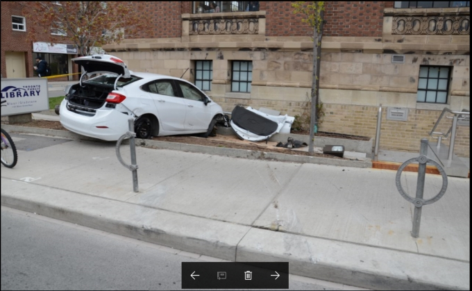 Crashed Chevrolet Cruze from behind