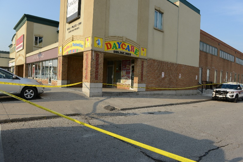 The scene was at 16635 Yonge Street in the City of Newmarket, a large retail plaza.
