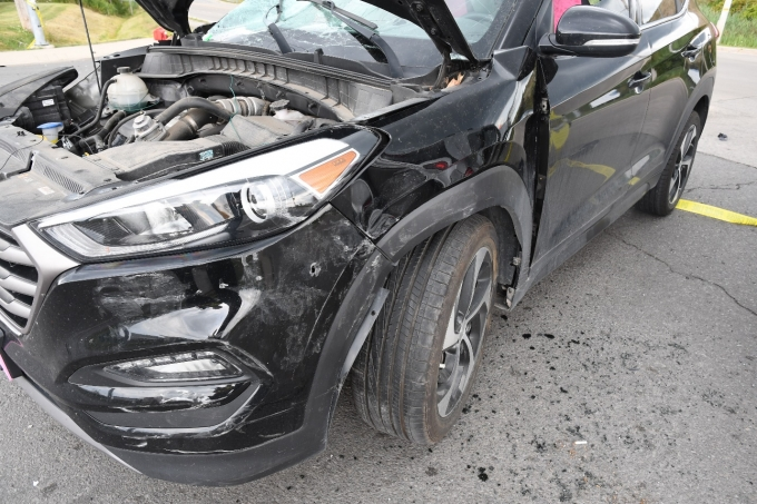 Figure 2 - The Hyundai Tucson with damage to its front side.